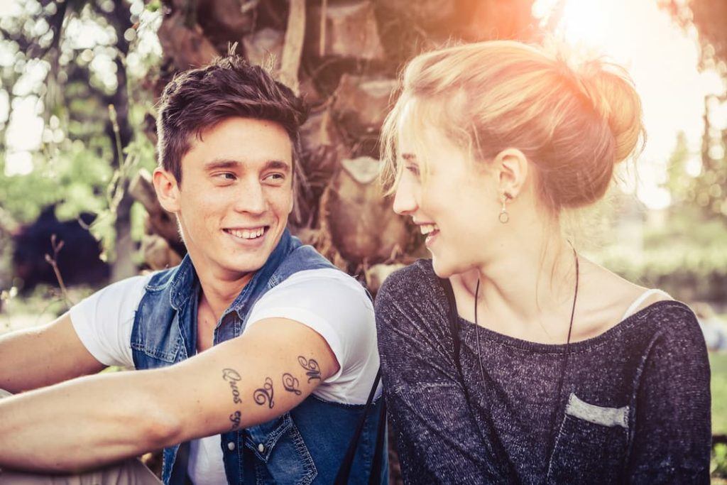 spur dating meaningful connection in relationships using pops not swipes